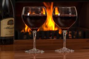 red-wine-2443699_640